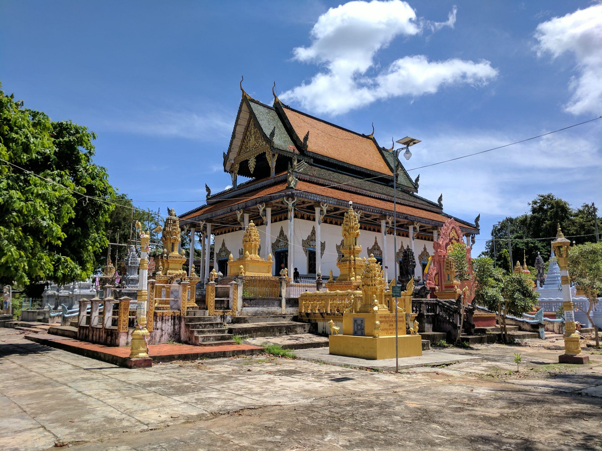 Kampong Pil Pagoda in Battambang